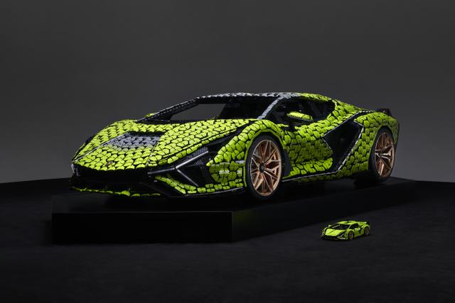 Keren! Lamborghini Ini Dibangun dari 400.000 Blok Lego (457035)