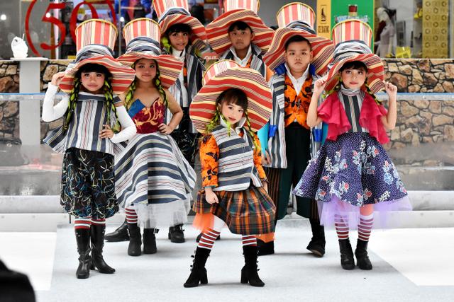 Inspirasi Fashion Anak-anak dari Kisah Charlie and The Chocolate Factory (22316)