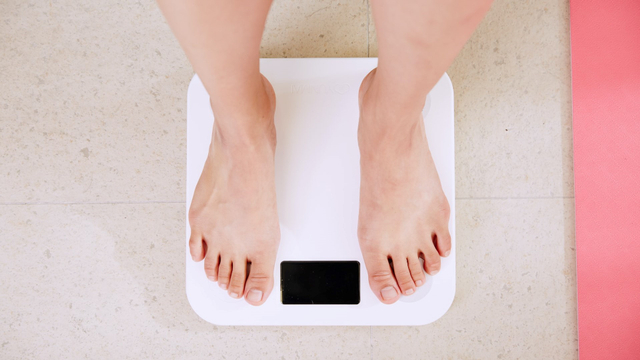 Berat Badan Ideal Tinggi 160, Berbeda untuk Wanita dan Pria (23209)