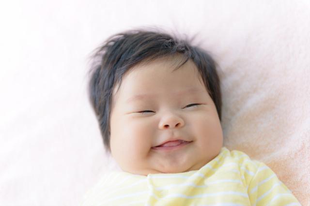Perkembangan Bayi 3 Bulan yang Perlu Diketahui (13228)