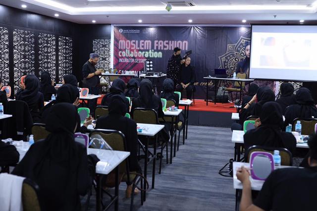 Desainer dan Model Aceh Diingatkan untuk Selalu Tampilkan Identitas Daerah (453417)