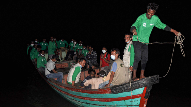 Foto: 81 Imigran Rohingya di Aceh Direlokasi ke Medan (518477)