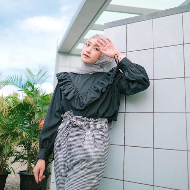 Baju Korean Style sampai Combro Gurih, Cek Rekomendasi UMKM Teman kumparan Ini! (270196)