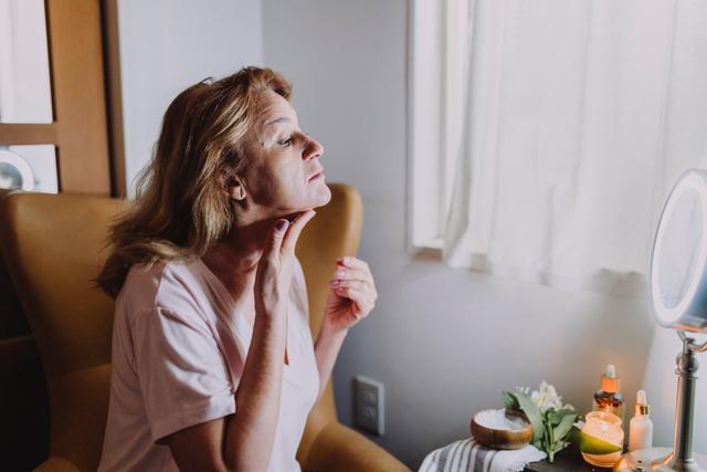 Skincare untuk Menghilangkan Bekas Jerawat, Edisi Pagi dan Malam Hari (277282)