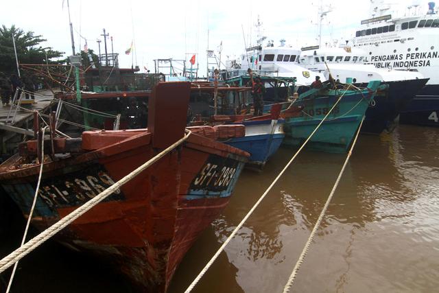 Mengintip Strategi Menteri Trenggono Berantas Kapal Pencuri Ikan (23940)