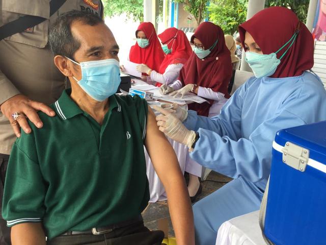 Stok Vaksin Corona di Aceh Sempat Kosong, Kemenkes Kirim 38.800 Dosis Sinovac (94500)