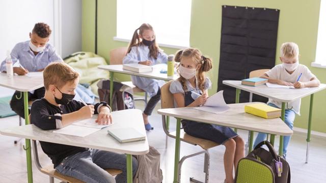 Pembelajaran Luring Hilangkan Ancaman Lost Generation (14119)