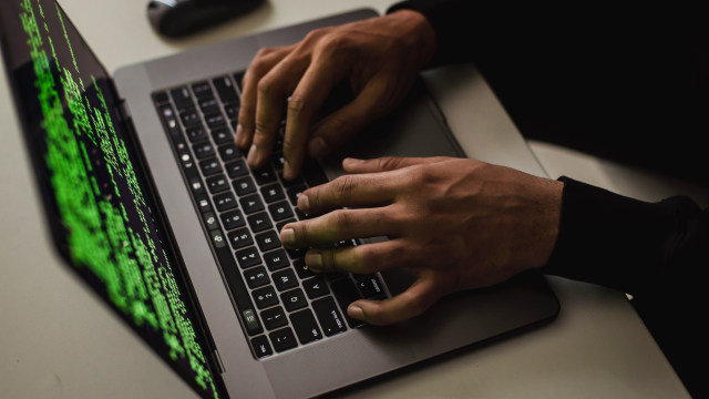 Cek MAC Address Cepat dan Mudah (29825)