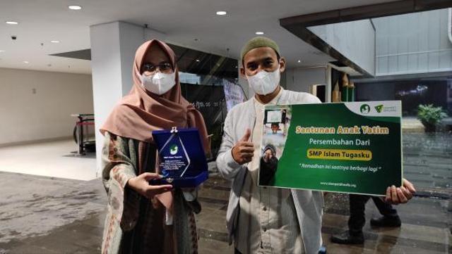 SMP Islam Tugasku Bersama Dompet Dhuafa Salurkan Santunan Anak Yatim (23986)