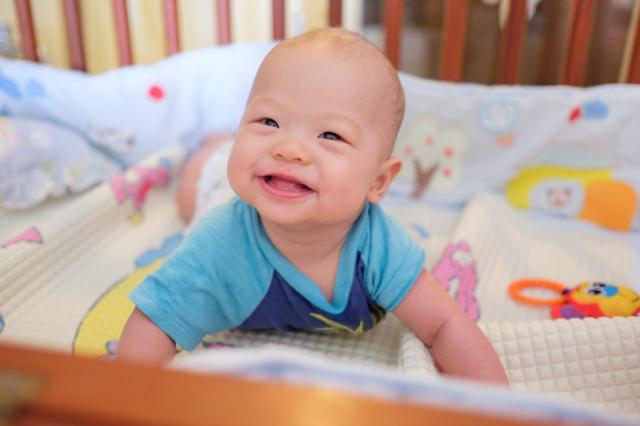 Perkembangan Bayi 5 Bulan: Semakin Aktif dan Banyak Gerak (332242)