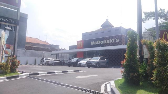 Bikin Kerumunan, McDonald's Solo Sudah Boleh Buka Lagi (127525)