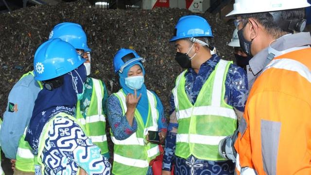 Sumbar Belajar Cara Pengolahan Sampah Menjadi Energi di Cilacap Jawa Tengah (275840)