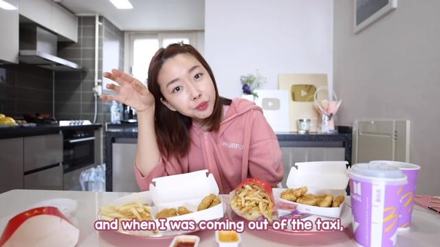 Ikutan Demam BTS Meal, 5 Figur Publik Tajir Ini Borong Hingga Puluhan Paket (7867)