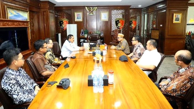 Terima Ustaz Adi Hidayat, Kabareskrim Cerita Polisi Sering Dinyinyiri (77421)