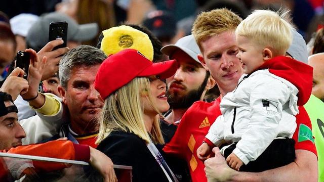 5 Bidadari Cantik Pasangan Bintang Timnas Belgia di Euro 2020 (308893)