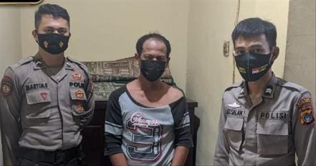 Seorang Pria di Bangka Barat Ditangkap Polisi Saat Cari Sabu di Lapangan Bola (406995)