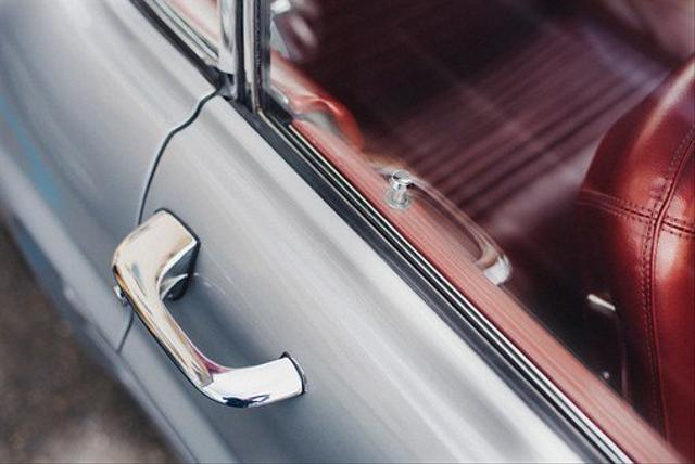 Jangan Panik, Begini Cara Membuka Pintu Mobil Yang Terkunci (42494)