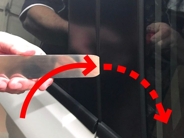 Jangan Panik, Begini Cara Membuka Pintu Mobil Yang Terkunci (42498)