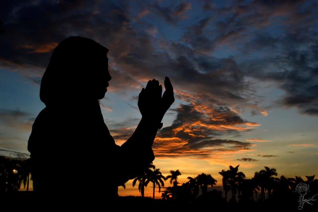 Doa Setelah Adzan dan Keutamaan Mengamalkannya (194056)