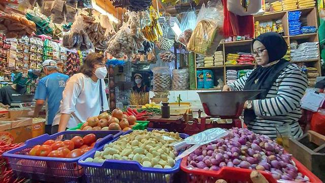 Sri Mulyani Targetkan Inflasi Terus Melandai, Jadi 2,5 Persen di 2024 (138845)