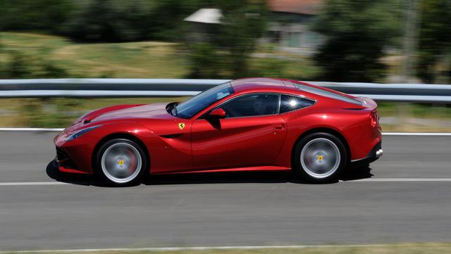 Ferrari F12 Berlinetta Dilelang Kejagung Cuma Rp 6 Miliar, Apa Istimewanya? (51)