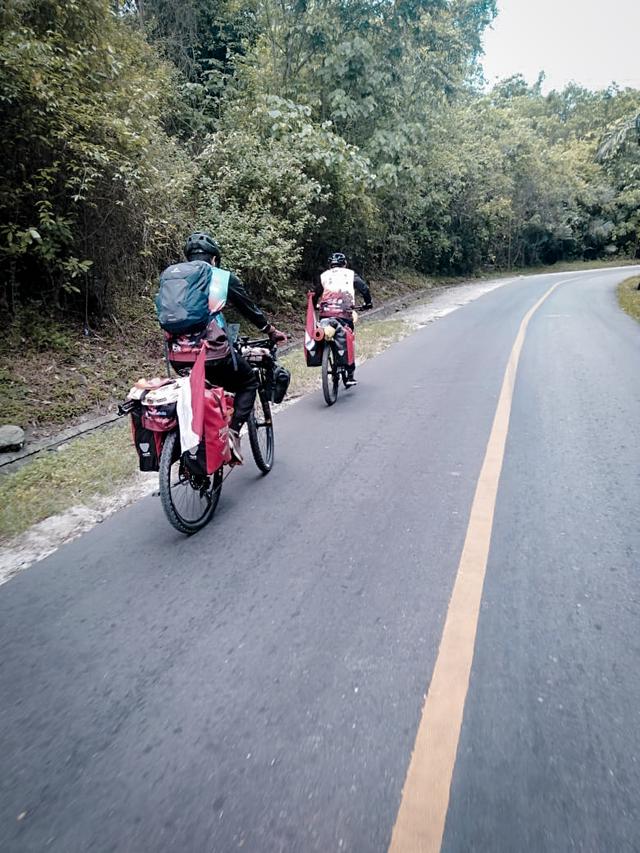 Di Tengah Pandemi, 2 Pemuda Gorontalo Bersepeda ke Makkah (63155)