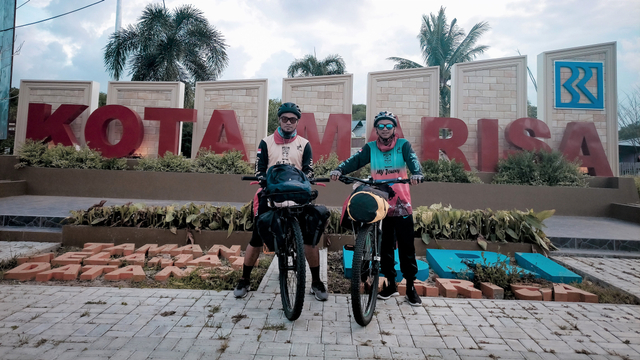 Di Tengah Pandemi, 2 Pemuda Gorontalo Bersepeda ke Makkah (63154)
