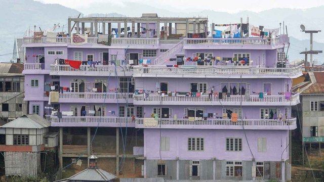 Pria dengan Istri Terbanyak di Dunia Meninggal, Rumahnya Jadi Tempat Wisata (393904)