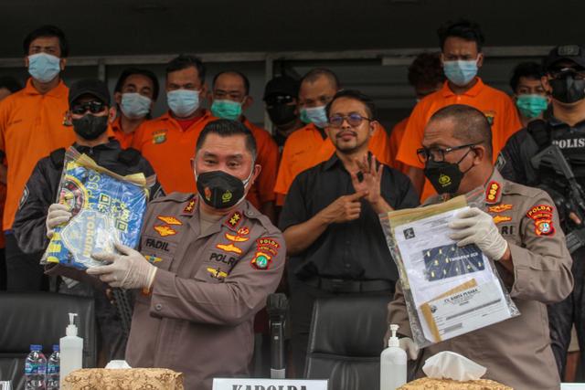 Belum 2 Bulan Sejak Jokowi Perintahkan Libas Pungli, Preman Priok Beraksi Lagi (498478)