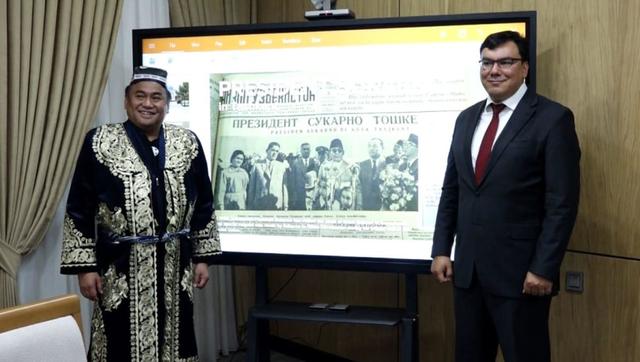 Sukarno dan Makam Imam Bukhori (2): Menguji Kebenaran Sebuah Kisah (58630)