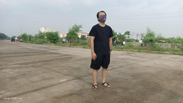Review Vivo V21 5G: HP Tipis Tak Hanya Jago di Kamera (568669)