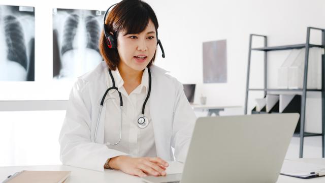 Telemedicine sebagai Upaya Pemutusan Penularan COVID-19 di Masyarakat (984270)