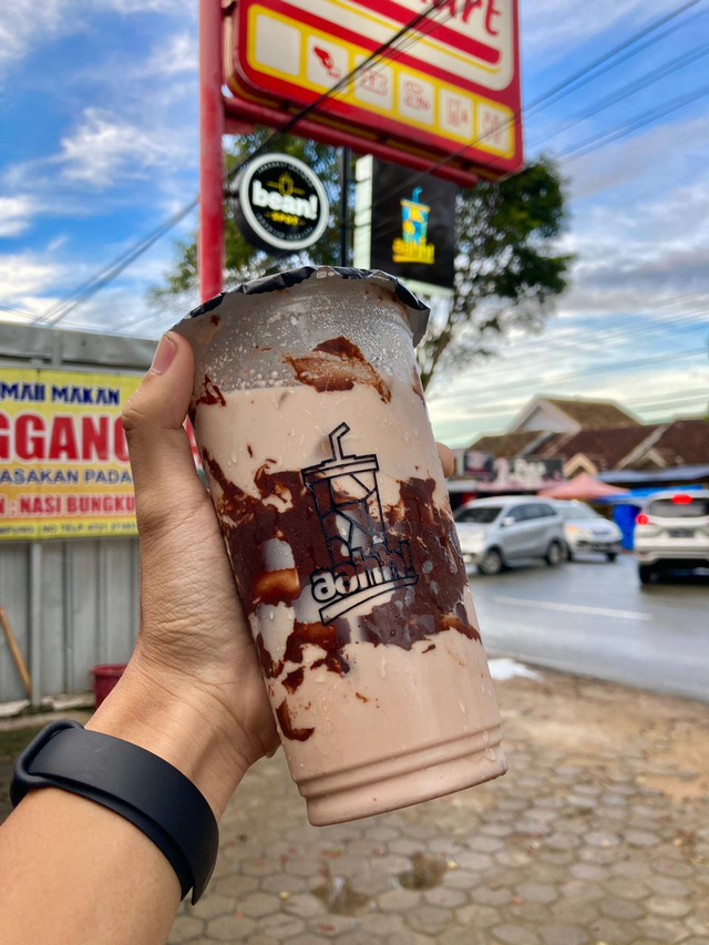 Aahh!: Minuman Favorit Warga Metro, Kini Ada di Bandar Lampung, Mulai Rp 5 Ribu (1)