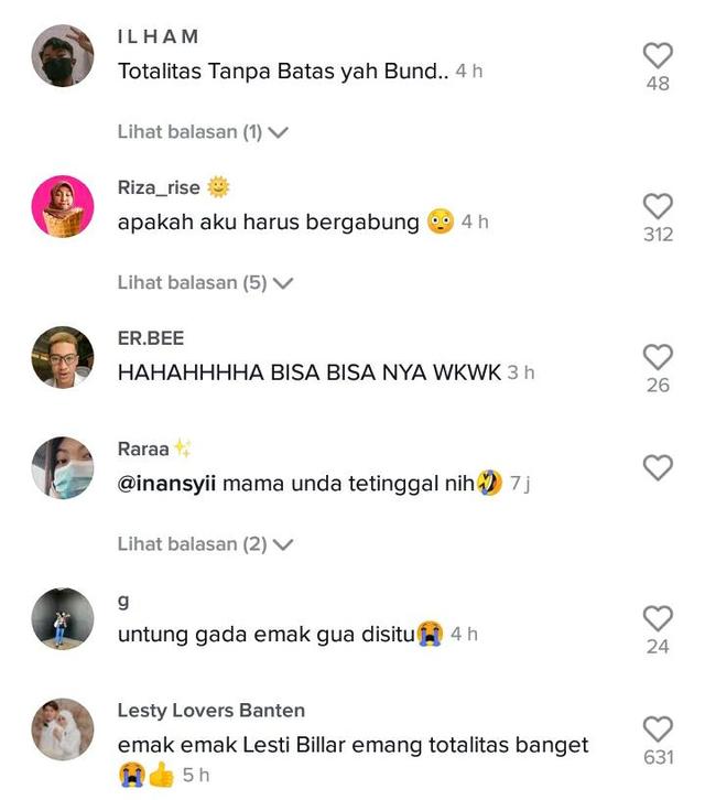 Viral Emak-emak Adakan Nobar Lamaran Leslar, Pakai Dress Code Nuansa Pink (1120772)