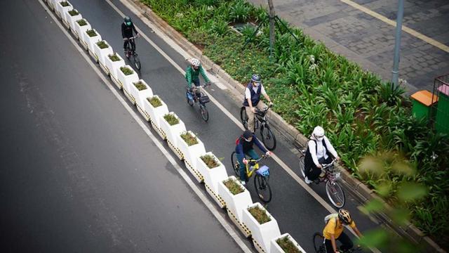 Anies Bicara Tujuan Utama Jalur Sepeda Dibangun: Untuk Transportasi, Bukan Sport (48831)