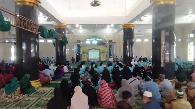 Santri TPA se-Kecamatan Payung Ikuti Munaqosyah di Desa Pangkal Buluh (5995)