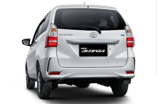 5 Perbedaan Toyota Avanza Tipe E dan Transmover yang Belum Kamu Tahu (47491)