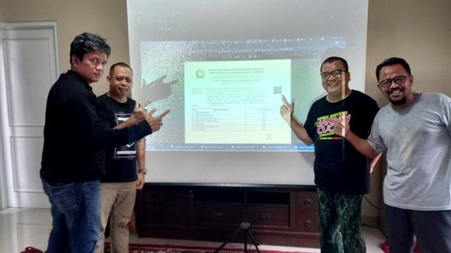 Denny Indrayana Lengkapi Gugatan PSU Pilgub Kalsel, Bawa 178 Video Pelanggaran (597467)