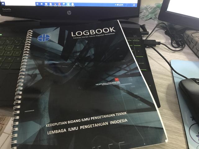 Logbook atau Catatan Harian: Instrumen Penting dalam Kegiatan Riset (291518)