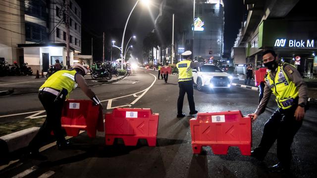 Polda Metro Perluas Pembatasan dan Pengendalian Mobilitas PPKM Jadi 35 Titik (263235)