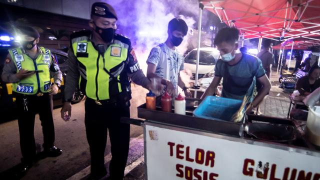 Pandemi Bikin Puluhan juta UMKM Bangkrut, Tiap Hari 2 Ritel Gulung Tikar (140650)