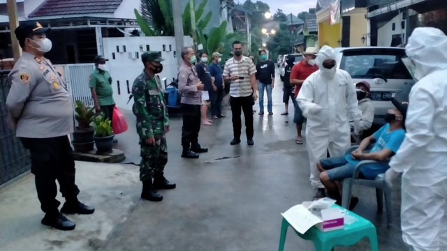 PPKM Darurat Jawa-Bali: Positivity Rate Turun, tapi Tracing Jauh dari Target (5480)