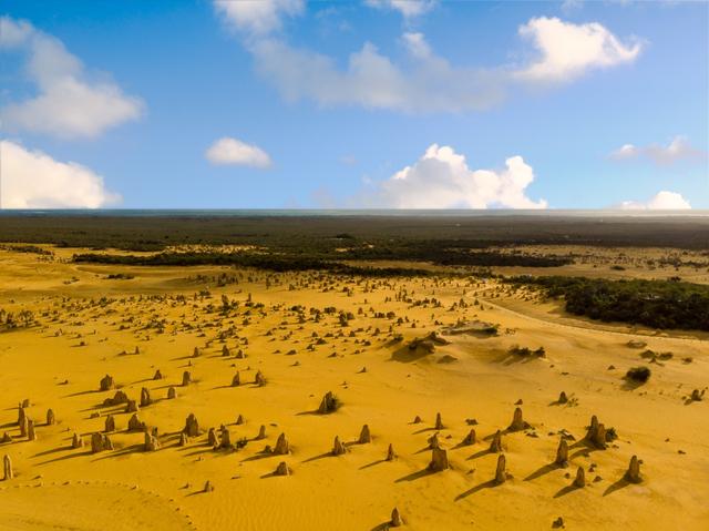 Skydiving hingga Surfing, 5 Wisata Petualangan yang Wajib Dicoba Saat ke Perth (22738)
