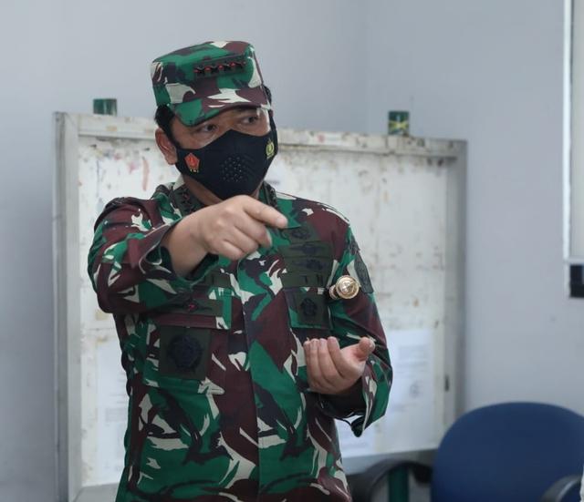 Panglima TNI Perintahkan Polisi dan Tentara Data Warga Depok yang Positif Corona (346242)