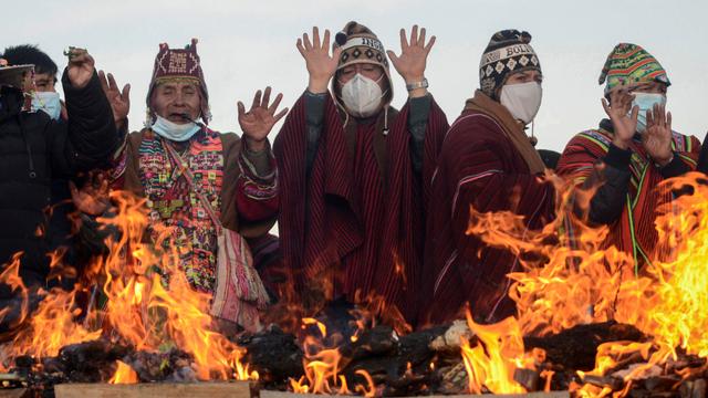 Foto: Ritual Adat Menyambut Tahun Baru Aymara di Bolivia (731975)