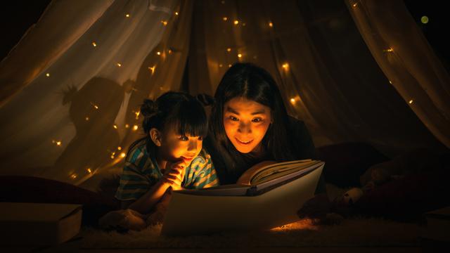 Dongeng untuk Anak: Kisah Renee, Awan yang Baik Hati dan Gadis Kecil (38938)