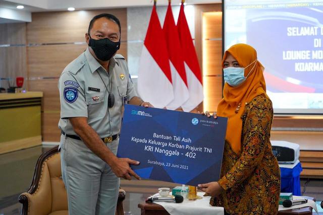 Jasa Raharja Berikan Bantuan Tali Asih ke Keluarga Kru KRI Nanggala 402 (887916)