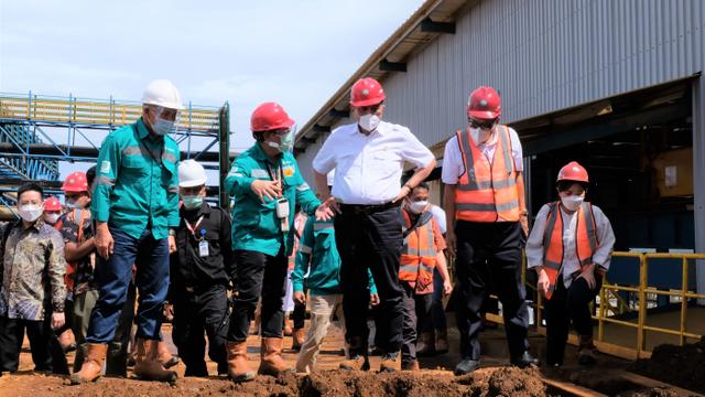 RI Bangun Pabrik Baterai Kendaraan Listrik, Prioritas Lapangan Kerja untuk WNI (76790)