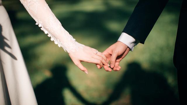 Mimpi Teman Menikah, Ini 9 Arti di Dalamnya! (144497)