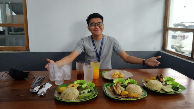 Nasi Tempong Mak Ela: Nyobain Makanan Khas Banyuwangi di Lampung (7)